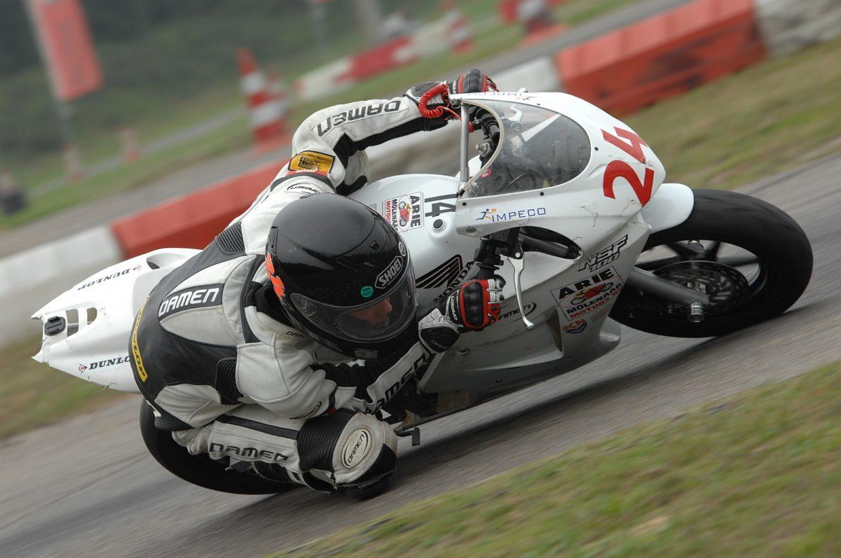 Djim Ulrich tijdens Molenaar NSF100 championship